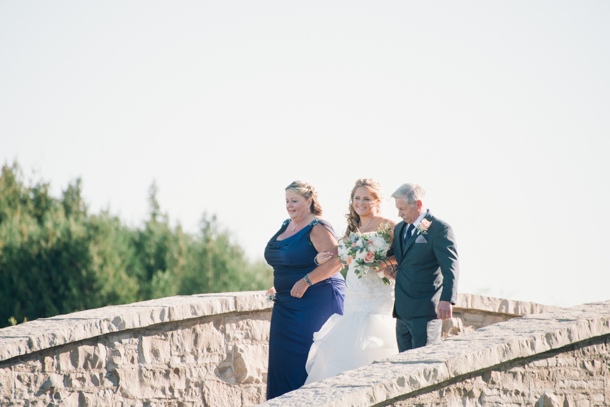 Cobble Beach Wedding_Alabaster Jar Photography (4 of 9).jpg