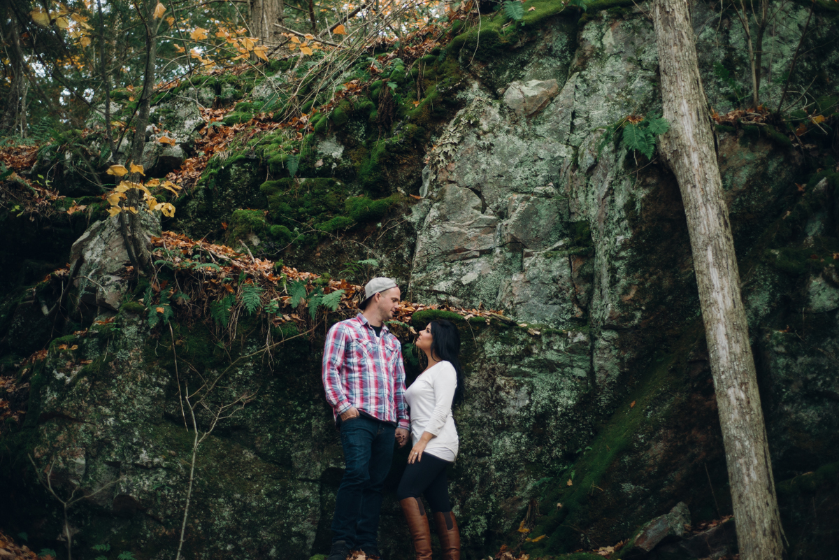 Fall Forest Engagement Session (9 of 16).jpg