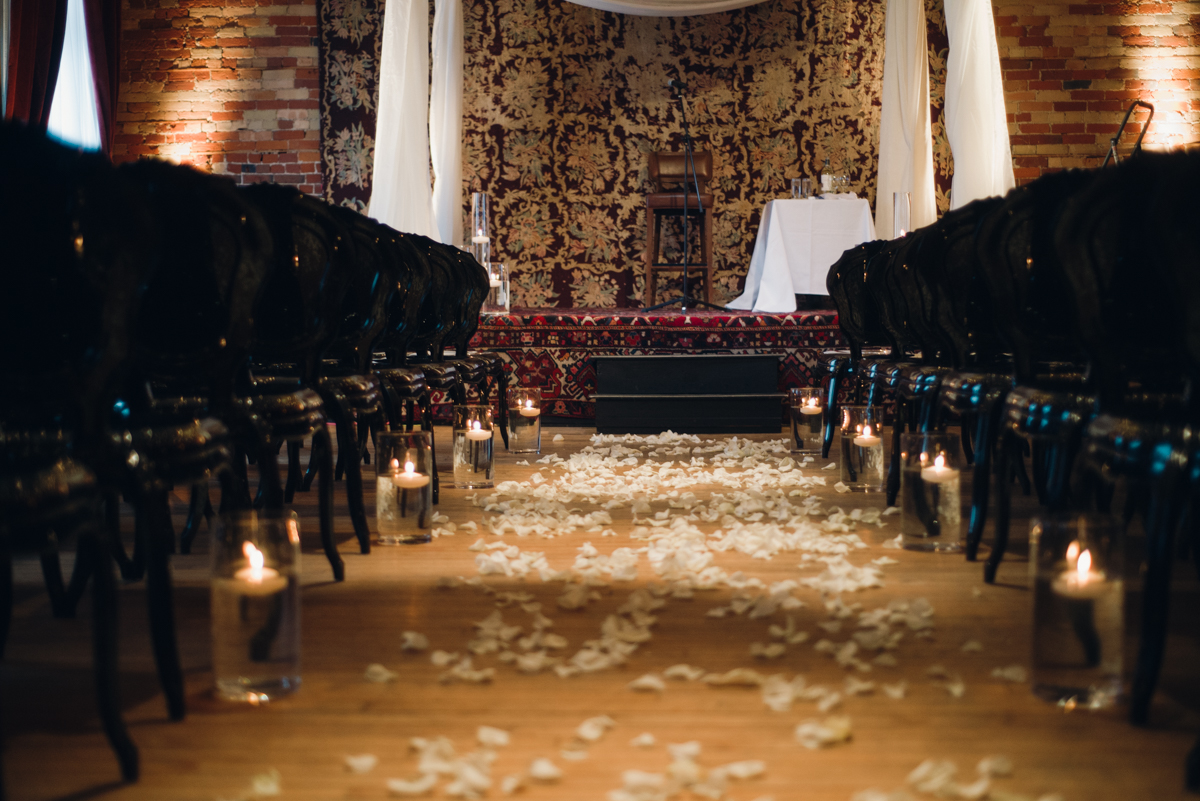 Gladstone Great Gatsby Wedding (4 of 5).jpg
