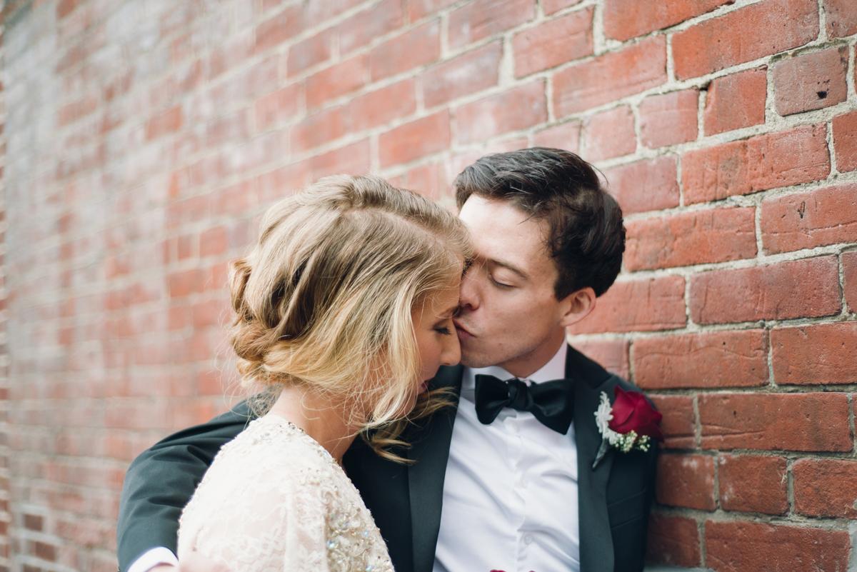 Gladstone Great Gatsby Wedding (5 of 12).jpg