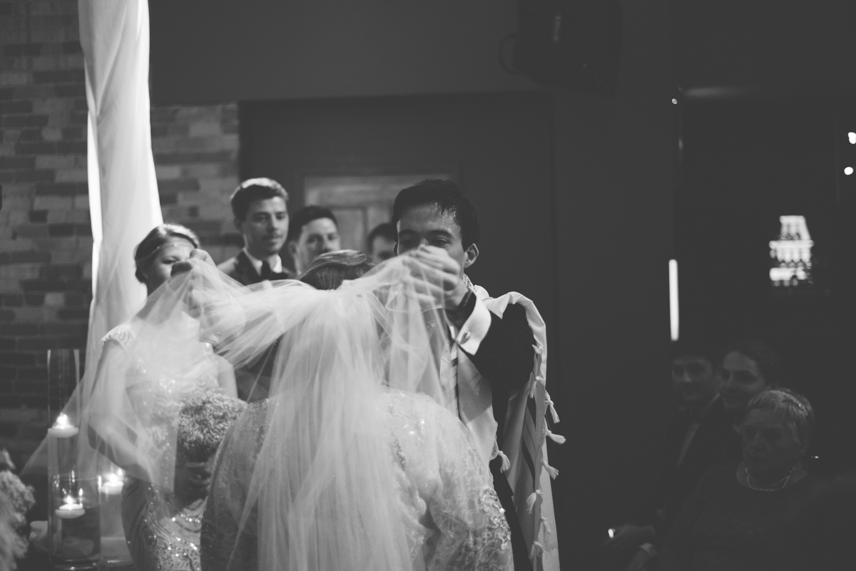Gladstone Great Gatsby Wedding (7 of 10).jpg