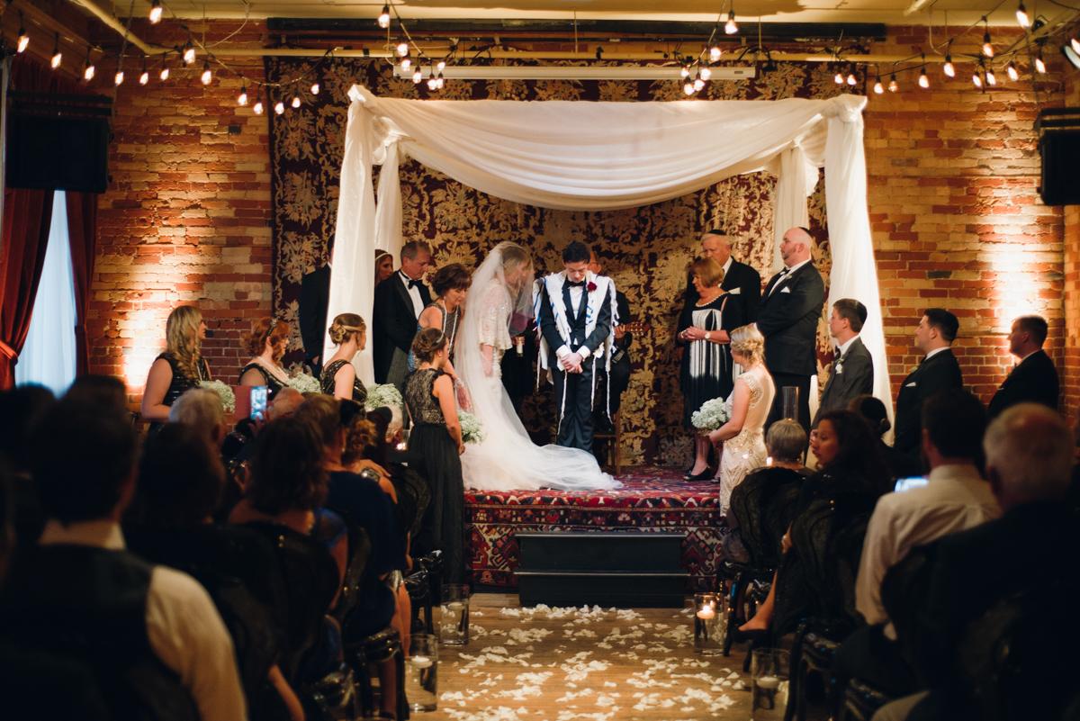 Gladstone Great Gatsby Wedding (8 of 10).jpg