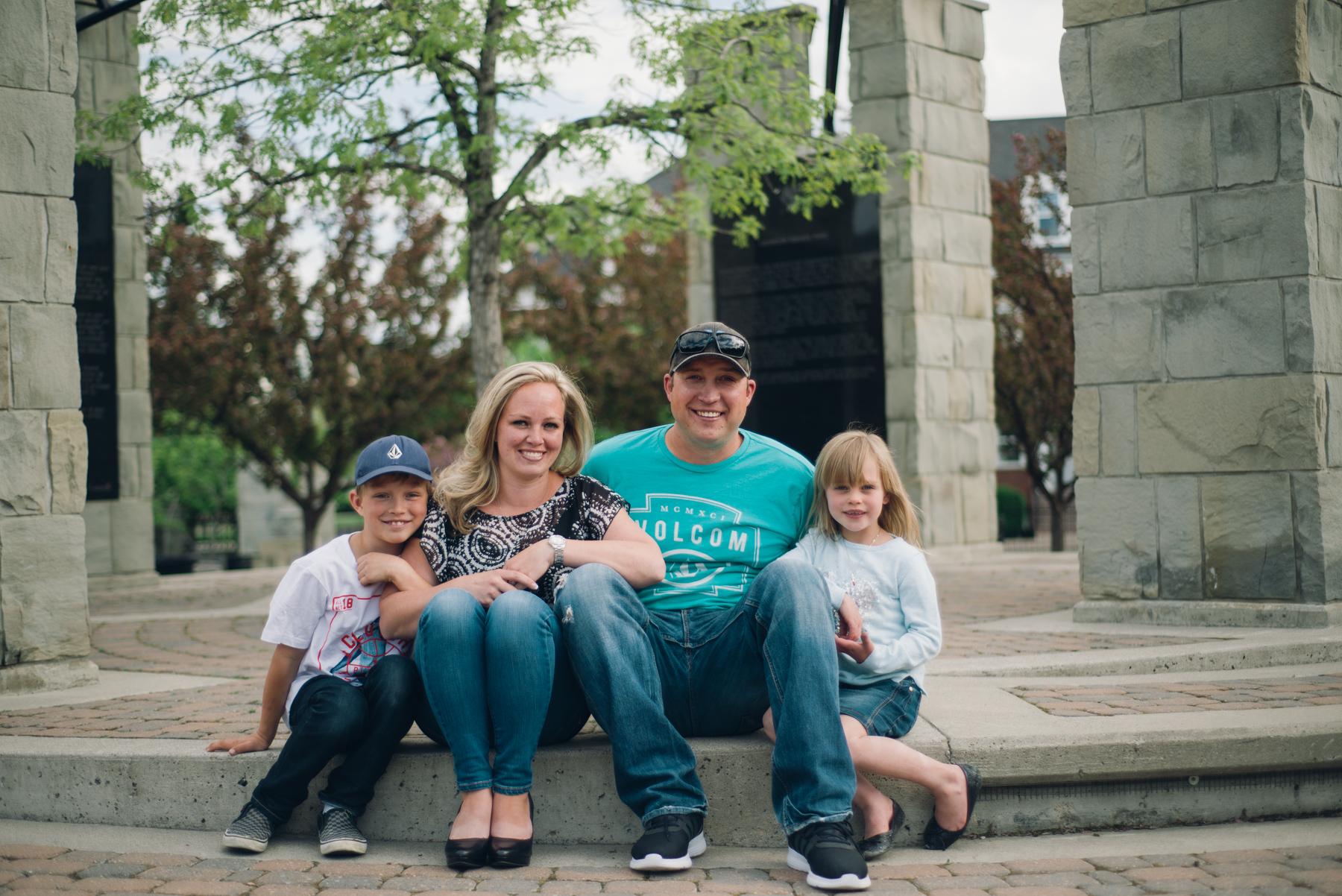 Calgary_Family_Session (7 of 25).jpg