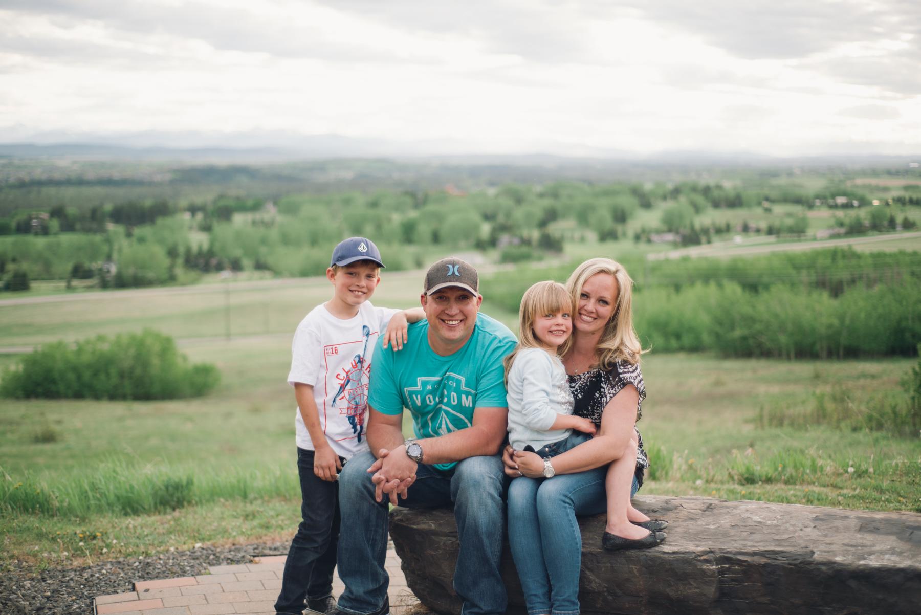 Calgary_Family_Session (23 of 25).jpg