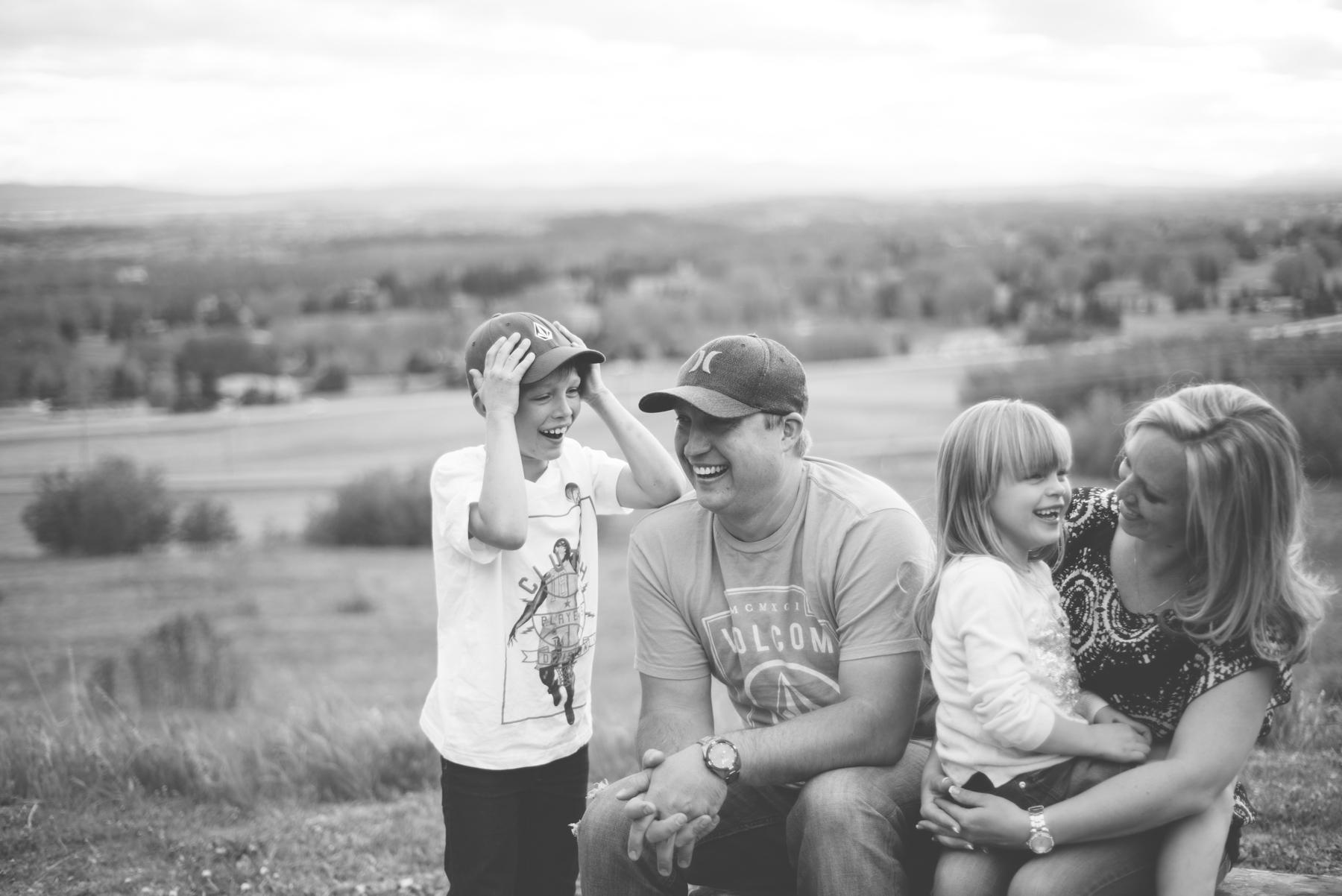 Calgary_Family_Session (24 of 25).jpg