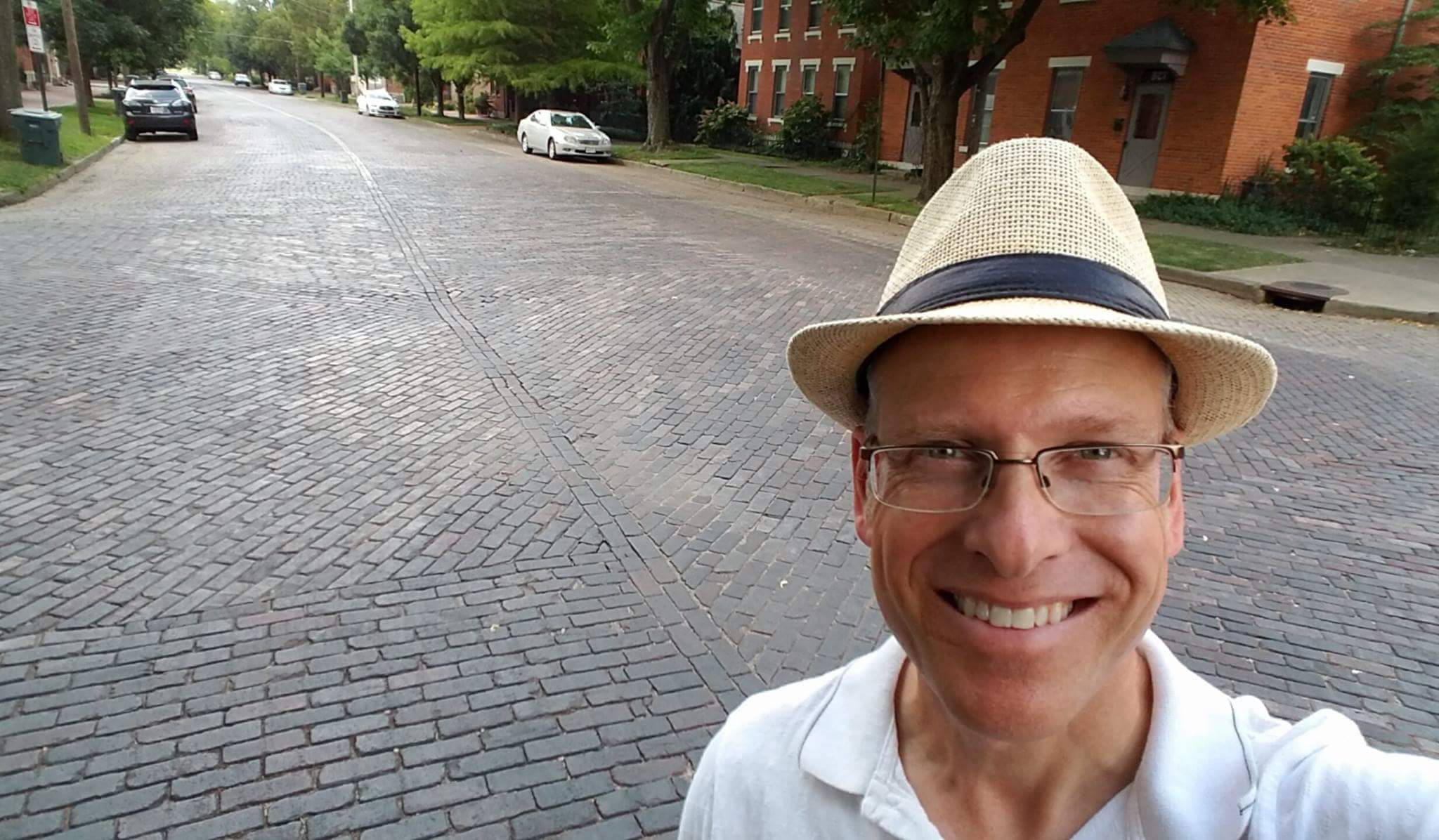 Site author Robin Williams in front of one of the several impressively preserved brick intersections in the German Village neighbourhood of Columbus, Ohio, a city that boasts more preserved streets than any other city in the country (with the possible exception of St. Petersburg, Florida).