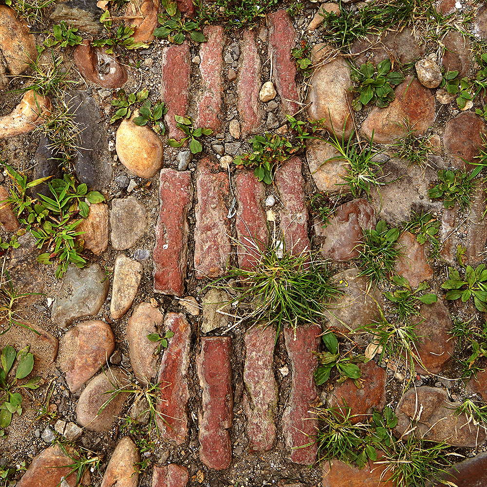 Vitrified Brick - Red - 4 rows