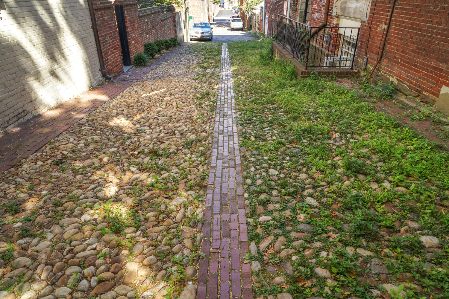 Thompsons Alley at Fairfax