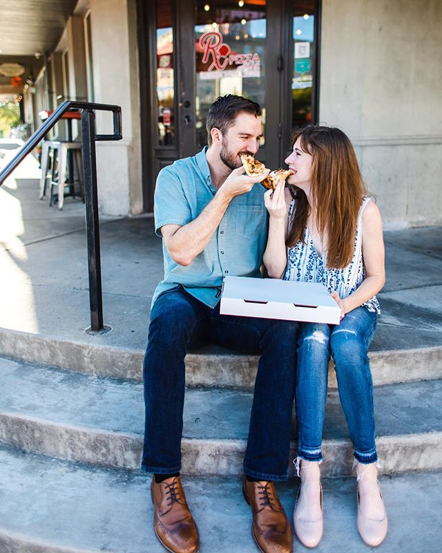 I love the story of how Beth + Clay met. She was working at @rxpizza one night when he went to dinner with his friends, saw her, and was drawn to her. It took him coming back inside a THIRD time that same night to finally ask for her number. The rest is history!