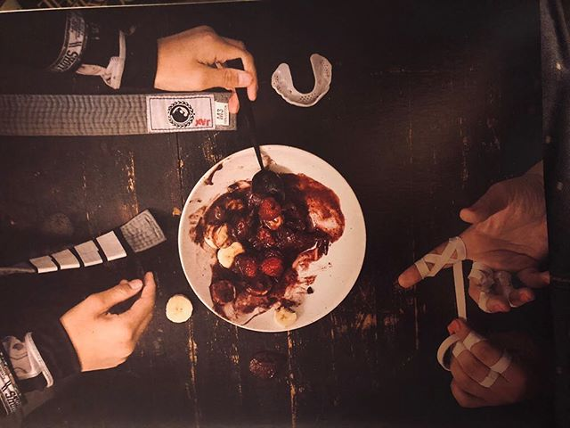Today's special: Haloween vibes and raw beauty found in Antony Bourdain's Appetites cookbook. #whenartmeetslife #bookaddict #breakingboundaries #thehumancondition