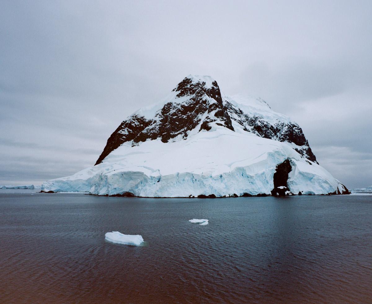 wrenee-antarctica-lemaire-channel-2.jpg
