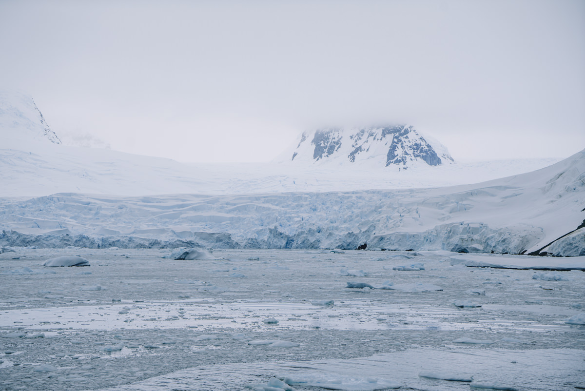 wrenee-antarctica-lemaire-channel-7.jpg