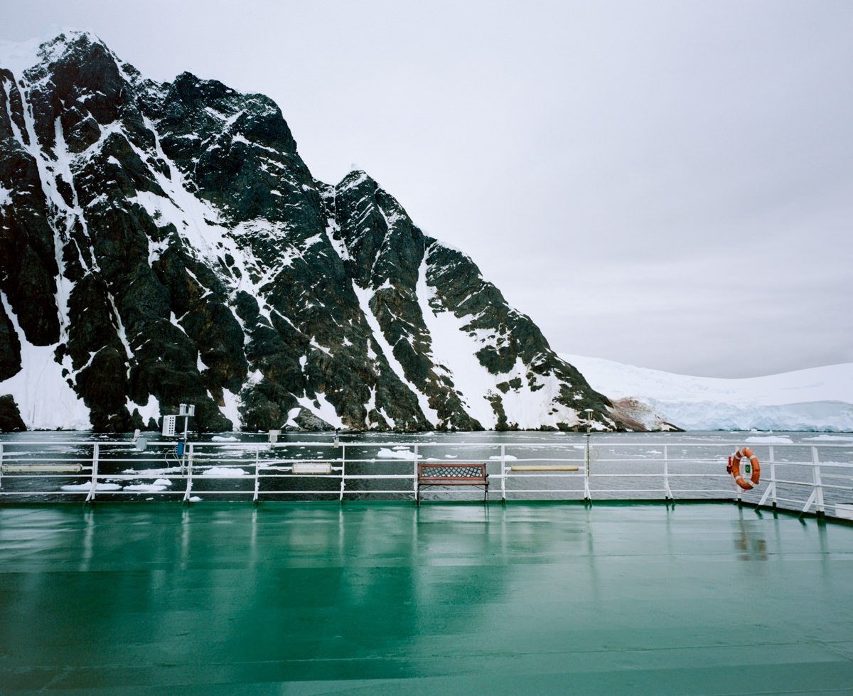 wrenee-antarctica-lemaire-channel-mamiya-7ii-7.jpg