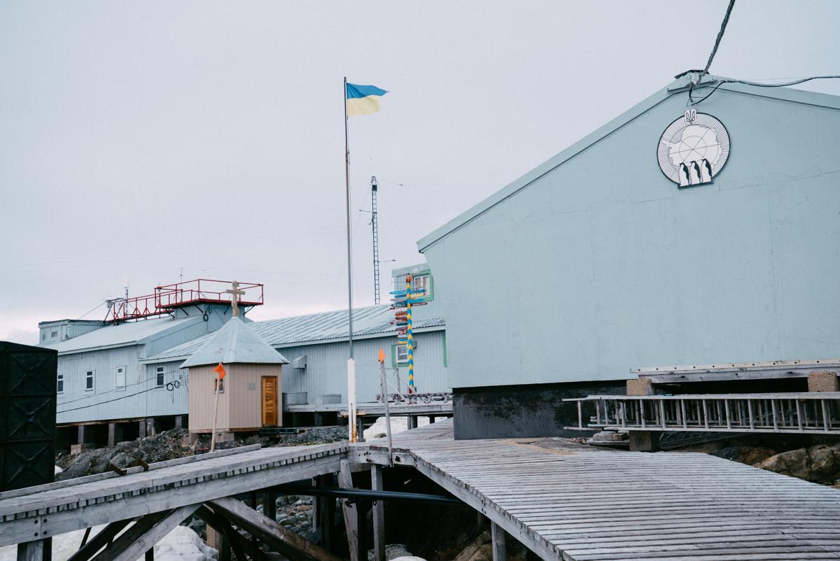 wrenee-antarctica-vernadsky-station-15.jpg