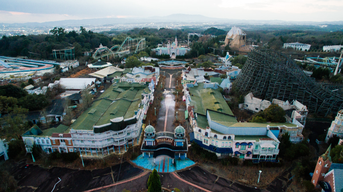 wrenee-nara-dreamland-abandoned-amusement-park-japan-29.jpg