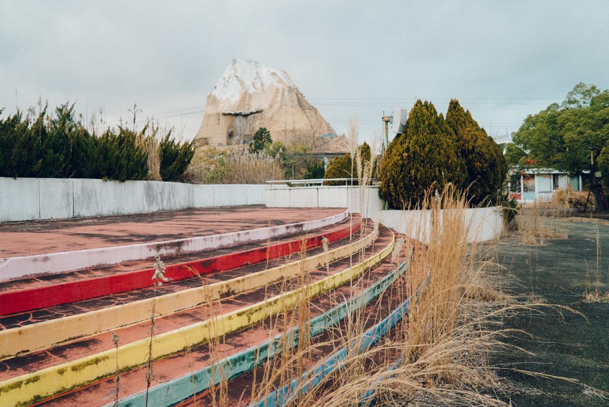 wrenee-nara-dreamland-abandoned-amusement-park-japan-20.jpg