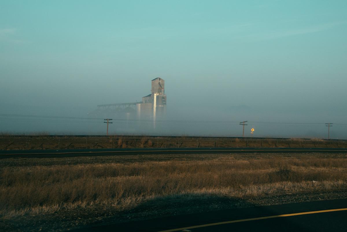 Foggy early morning leaving Sacramento