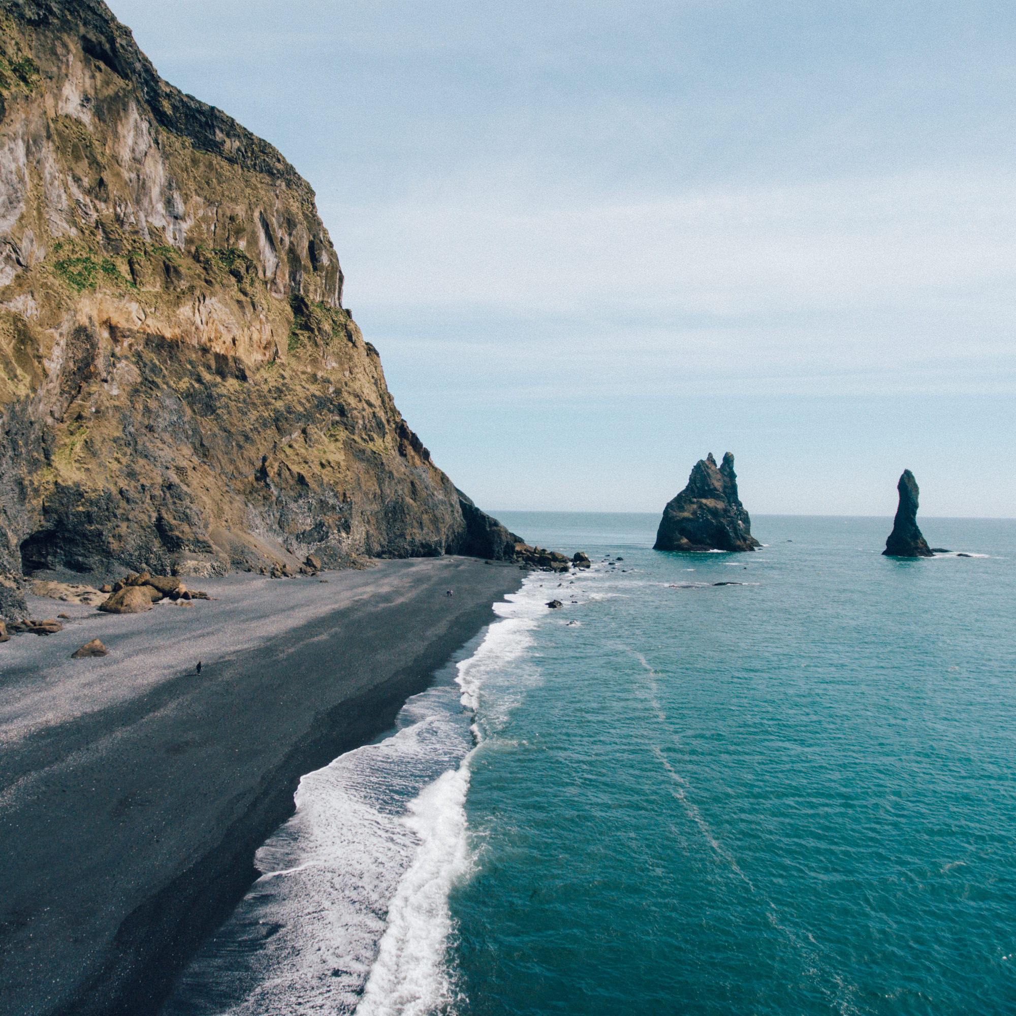 wrenee-iceland-part-1-39-vik-beach-drone.jpg