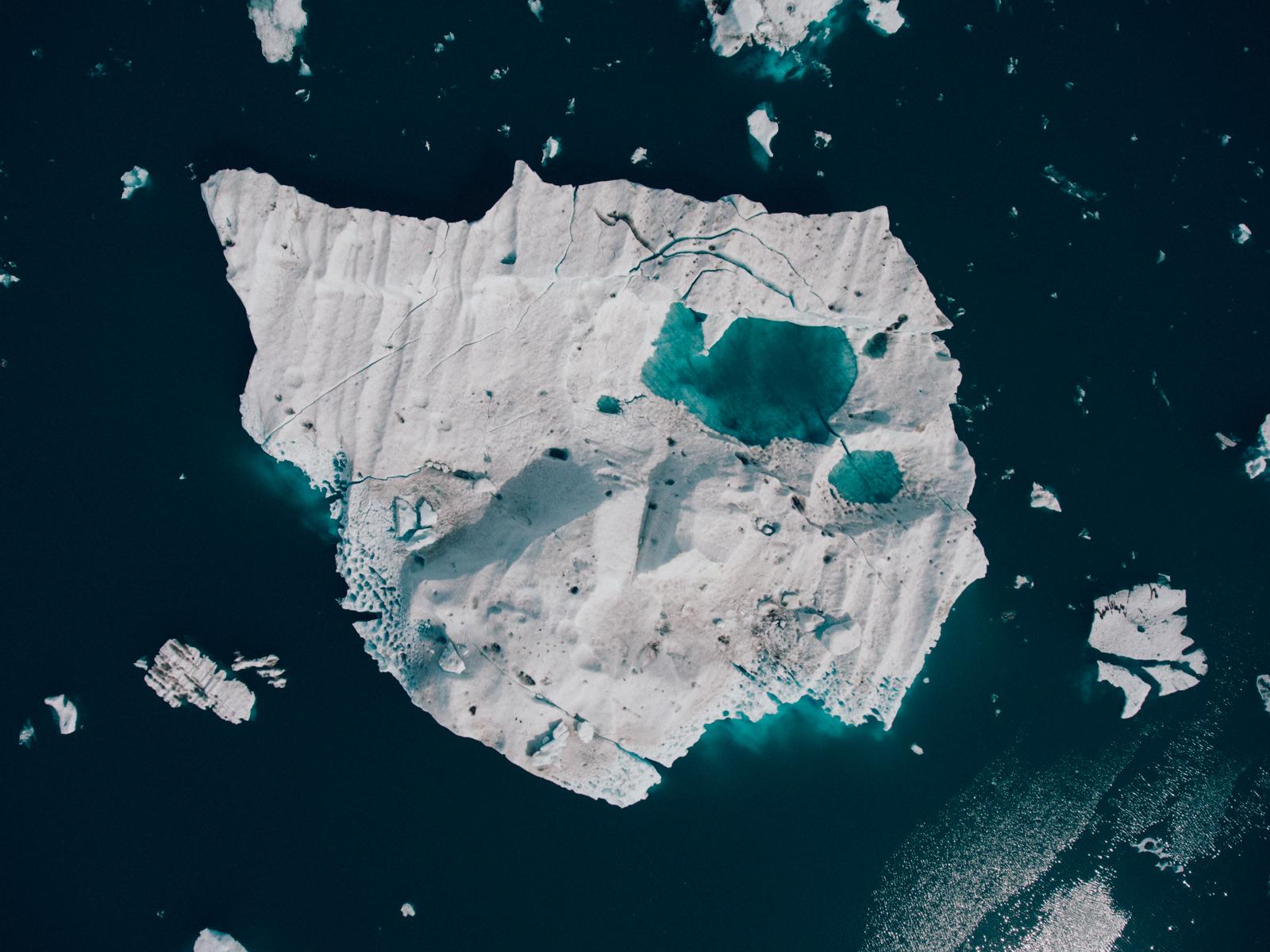 wrenee-iceland-jokulsarlon-glacier-lagoon-drone-8.jpg