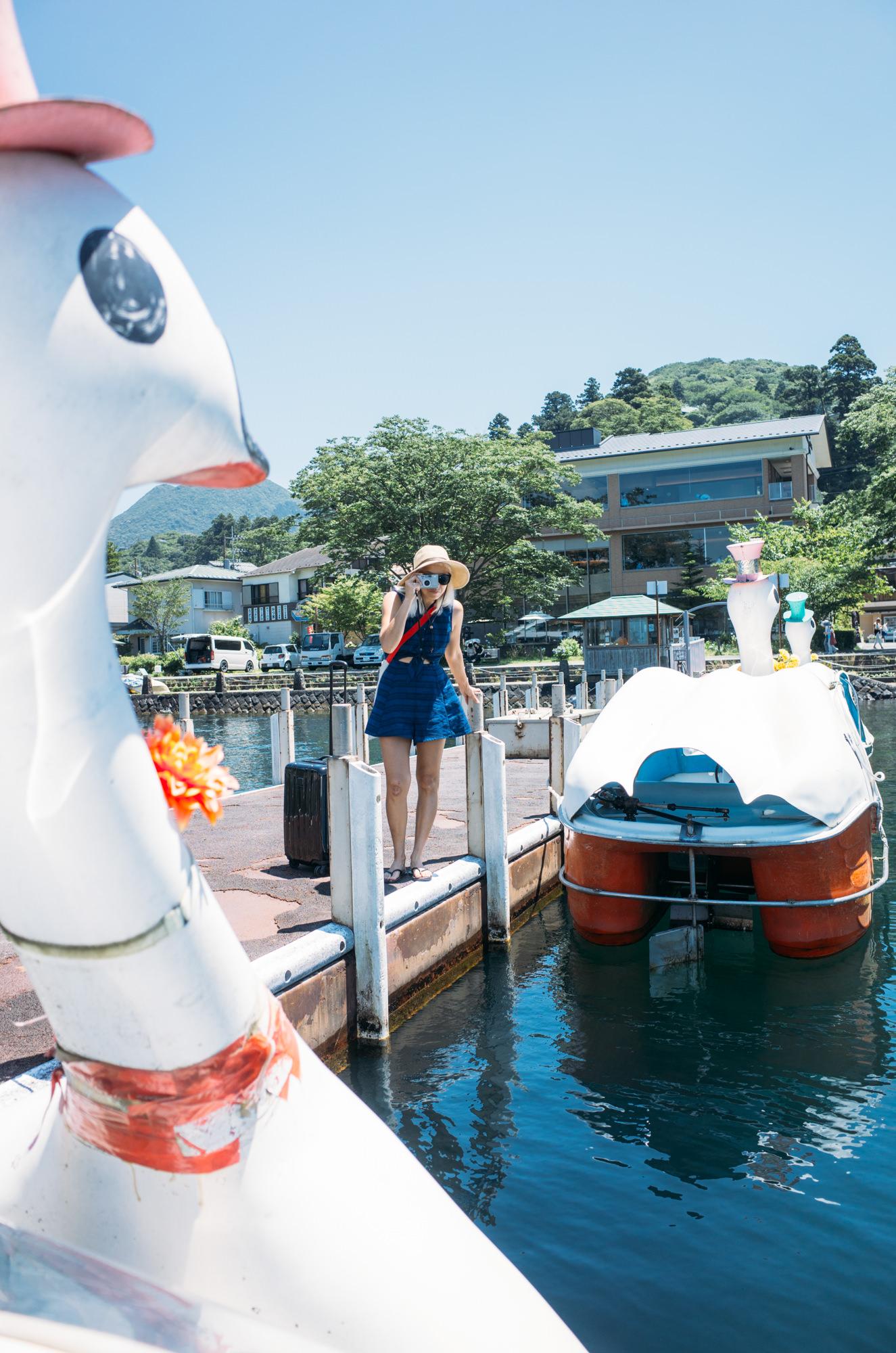 wrenee-hakone-japan-lake-ashi-swan-boats-15.jpg
