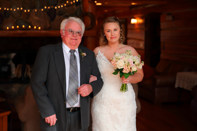 Wedding+Photos+Mountain+Springs+Lodge+Leavenworth+Washington07.jpg