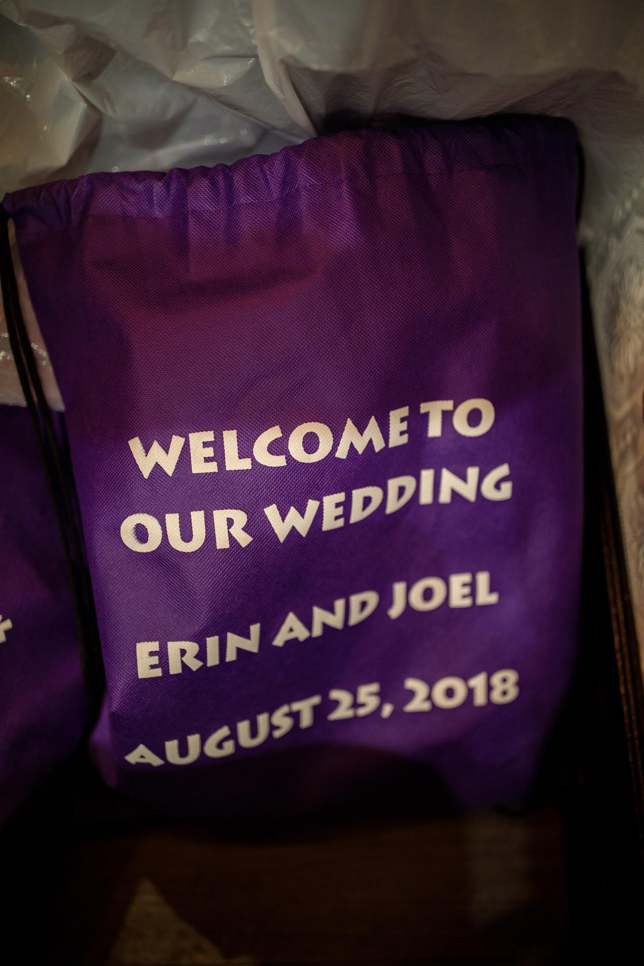 Erin and Joel Web-004.jpg