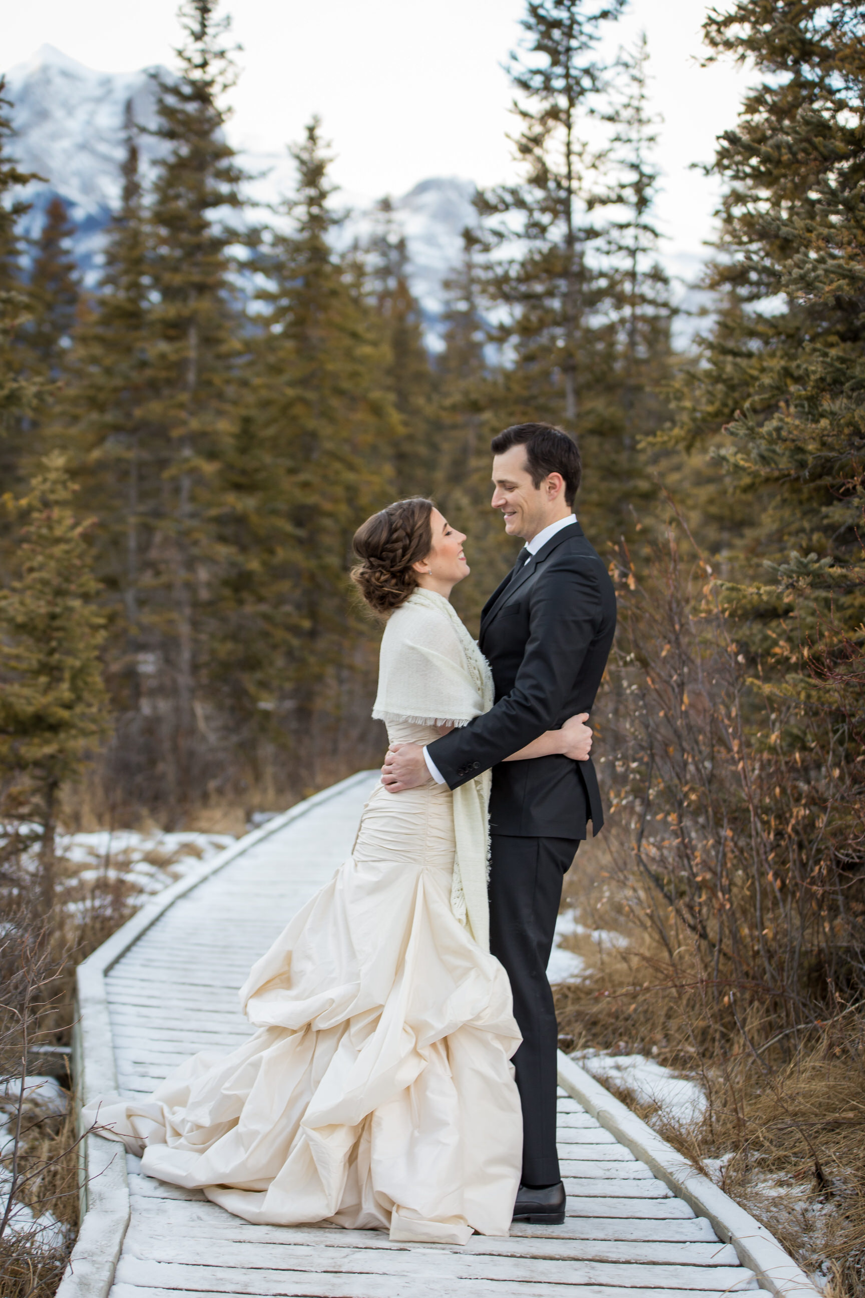 Bear and Bison Country Inn Wedding Photographer