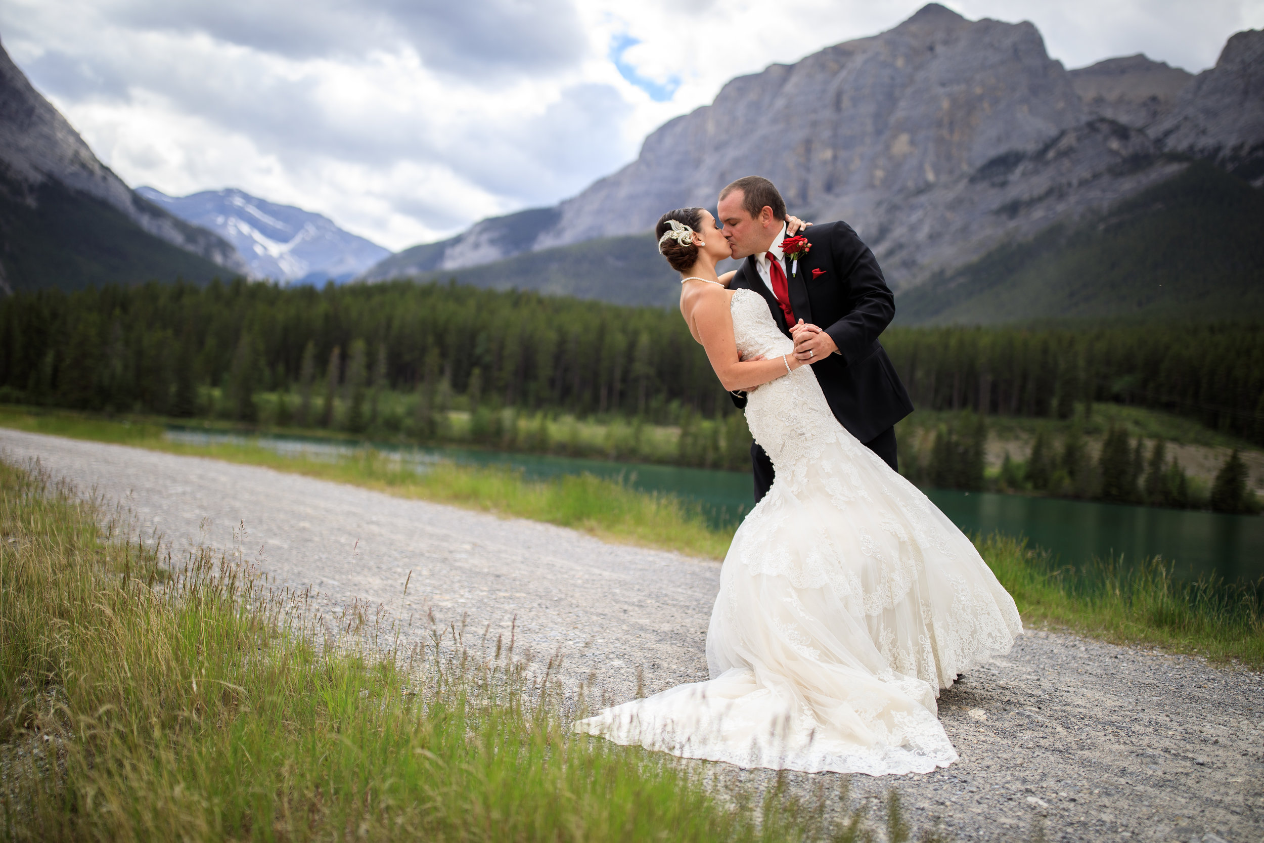 Canmore Wedding Venues - Click here to learn more about the wedding venues in Canmore.
