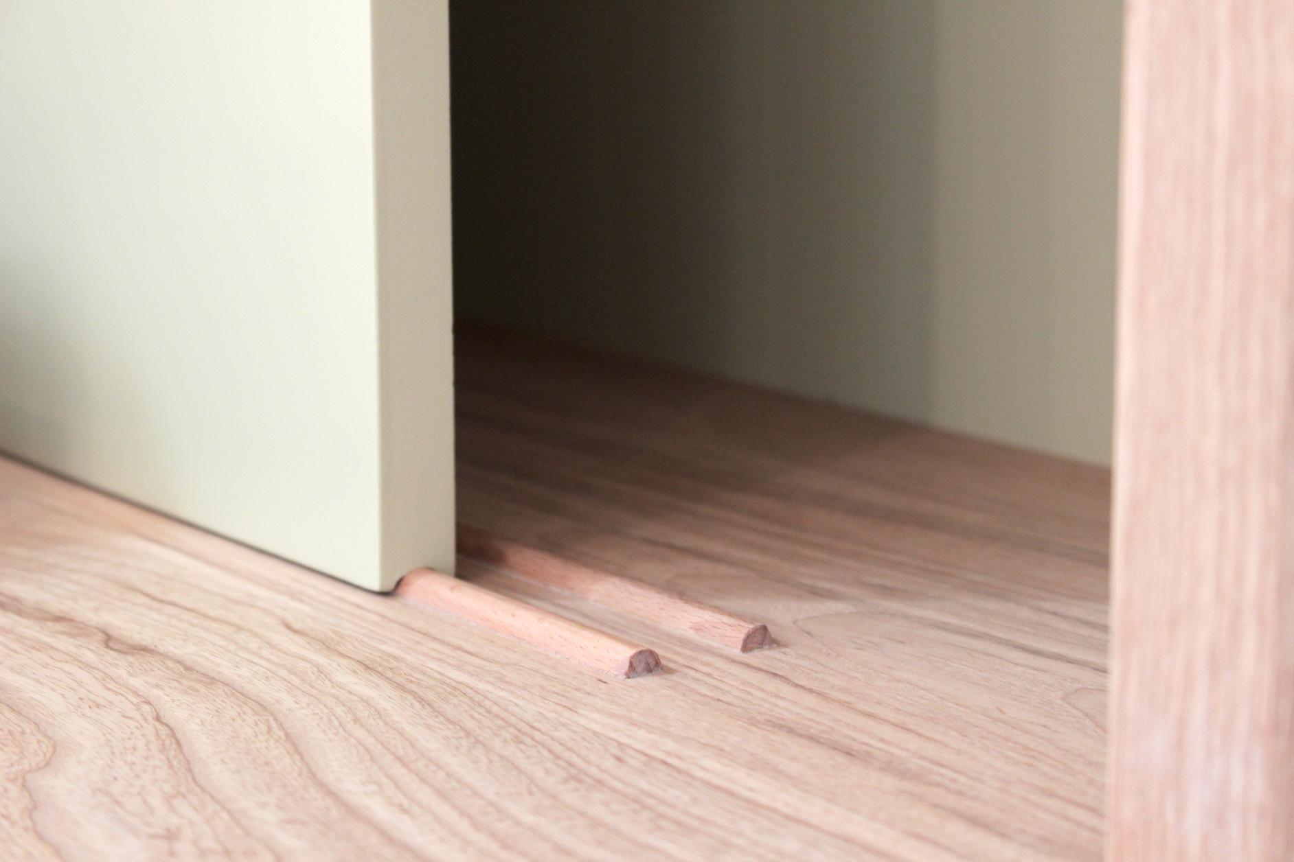 Planters-Dresser-Tricia-Harris-Designs-Sliding-Door-Detail.jpg