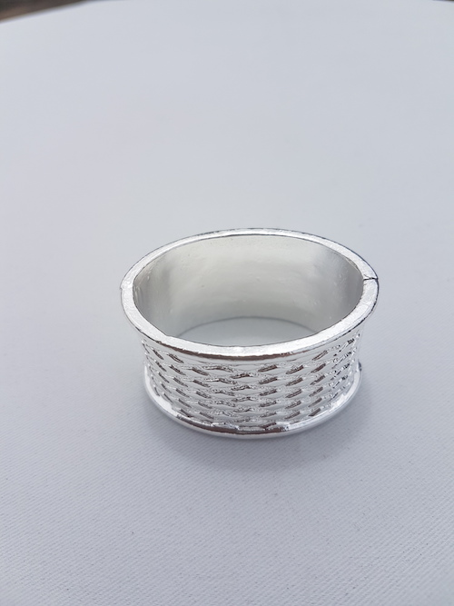 silver textured napkin ring