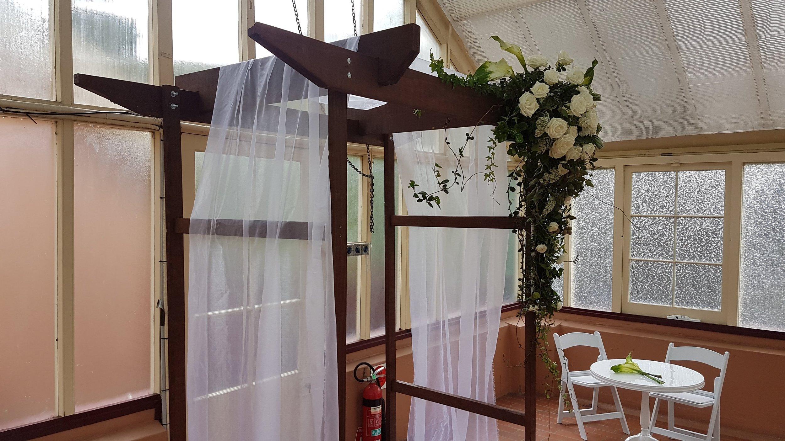 Timber Wedding Acrh