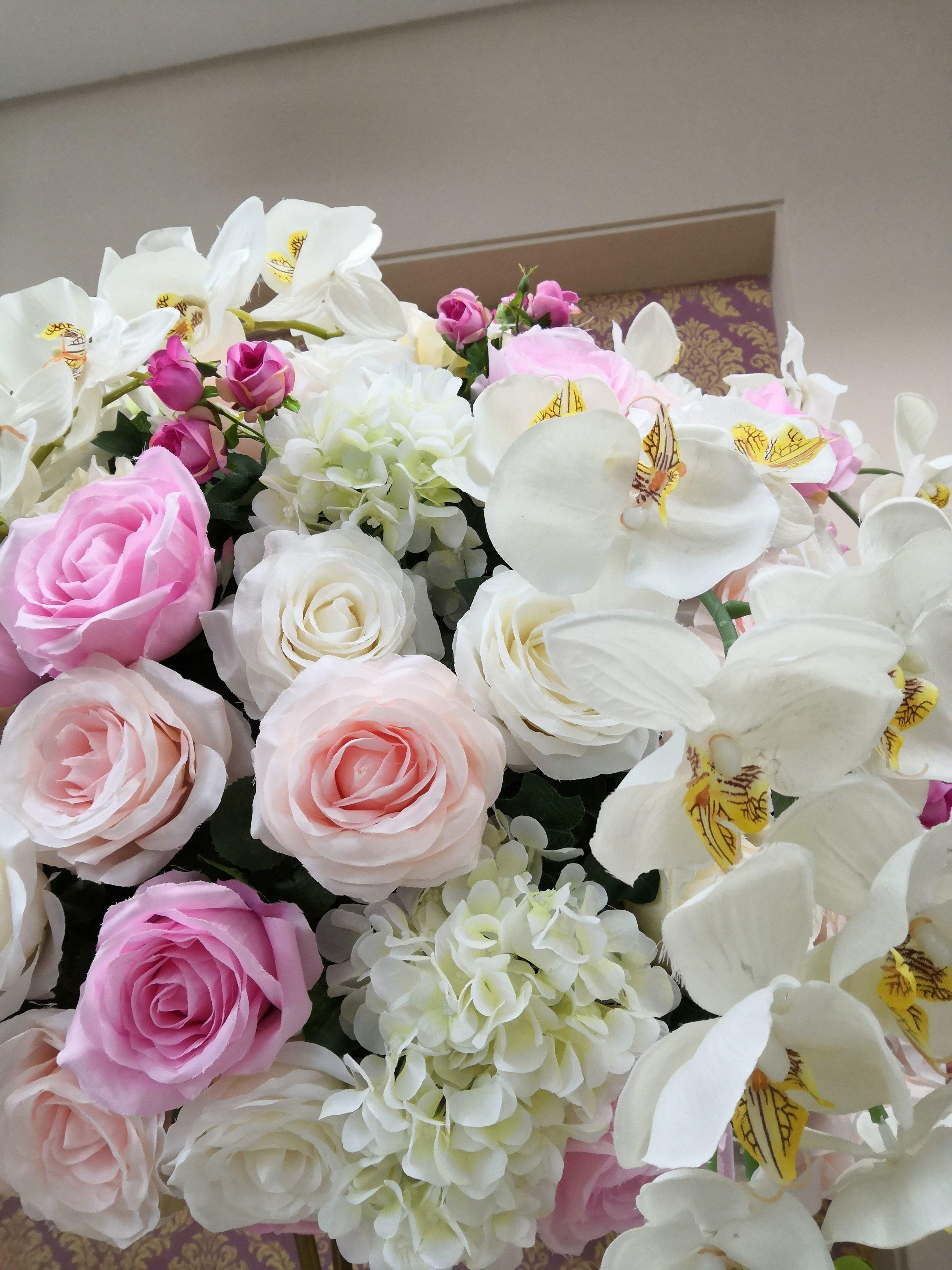 silk-70cm-floral-centrepiece-min.jpg