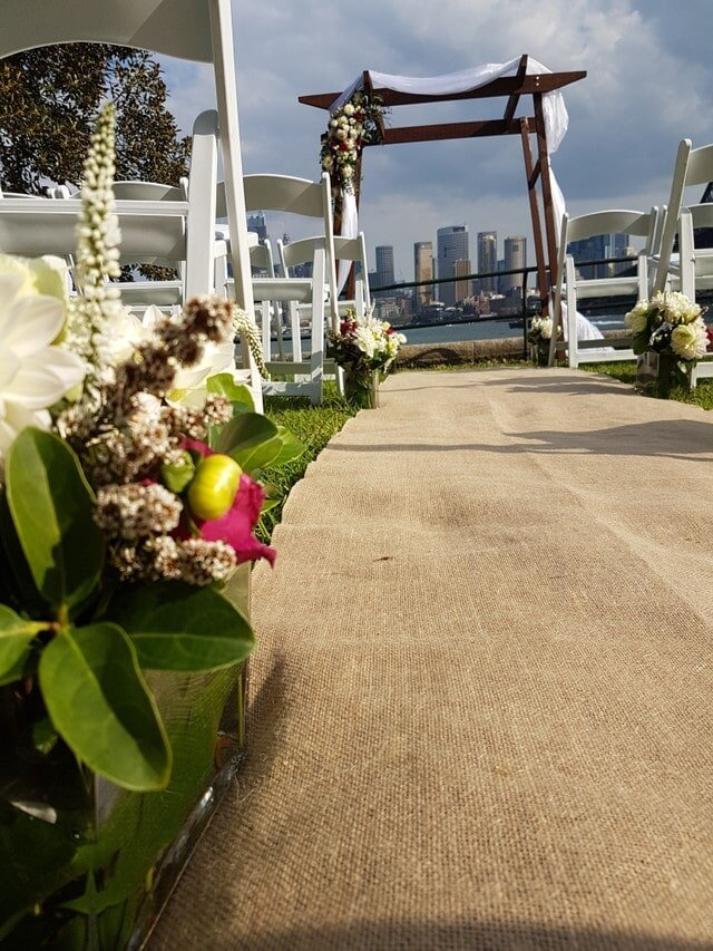 captain henry waterhouse reserve sydney harbour wedding ceremony hessian runner