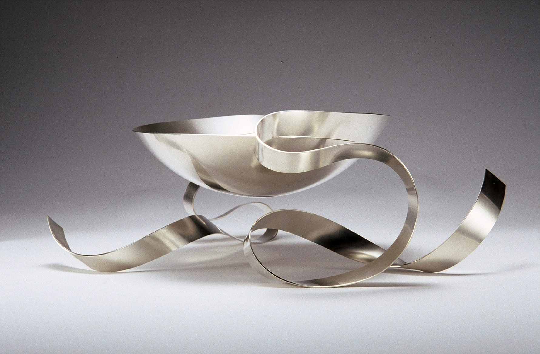 'Ribbon Bowl' sterling silver