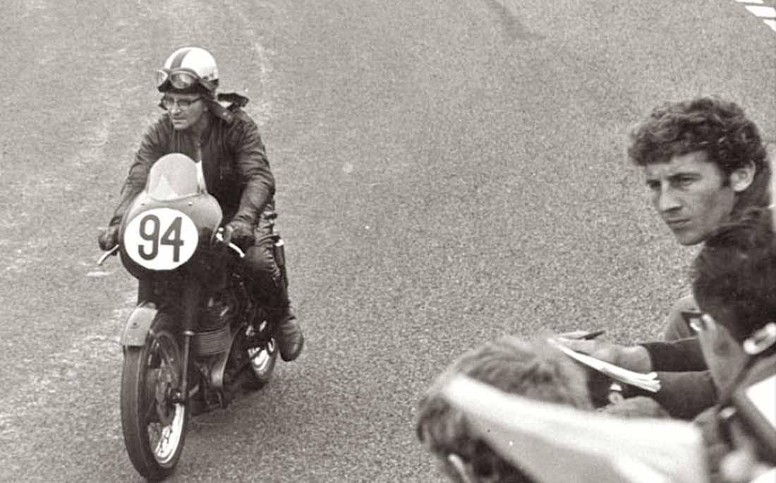 Legendarily Velocette racer, Arthur Lavington, who owned and raced The White's 1967 VMT 816RC engine.