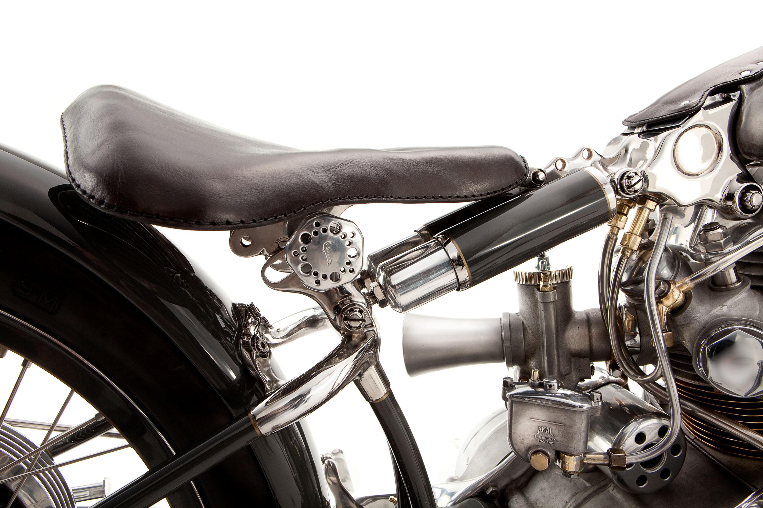 Black-Seat-and-suspension.jpg