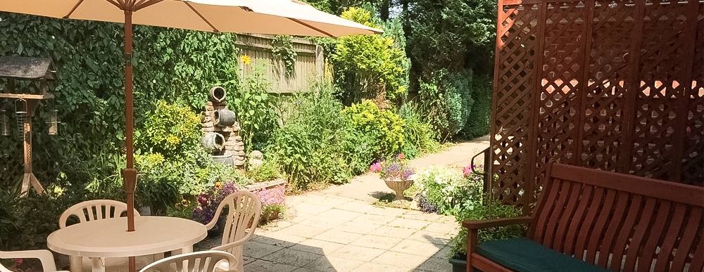 Brookdale House care home outdoor area