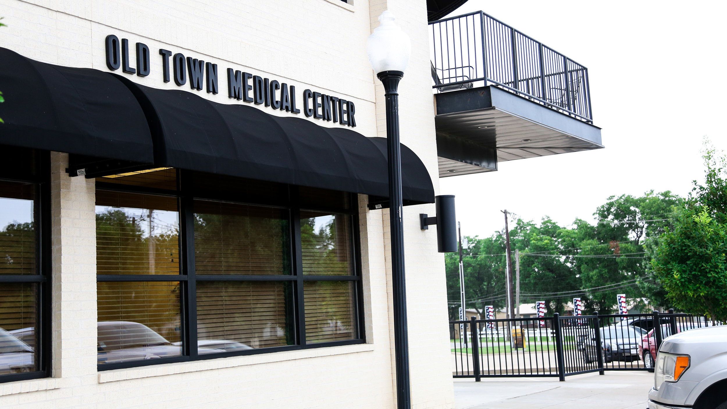 Our Practice - Our practice is located upstairs from Burleson Old Town Medical Center which Dr. Etter's team oversees. Why choose JCC? Find out more about Concierge Medicine here: