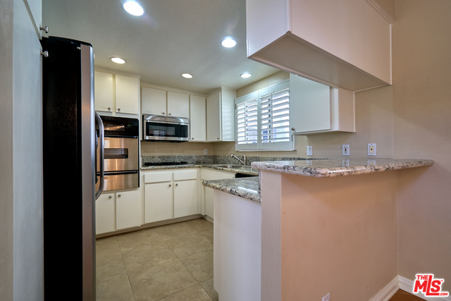 fulton kitchen.jpg