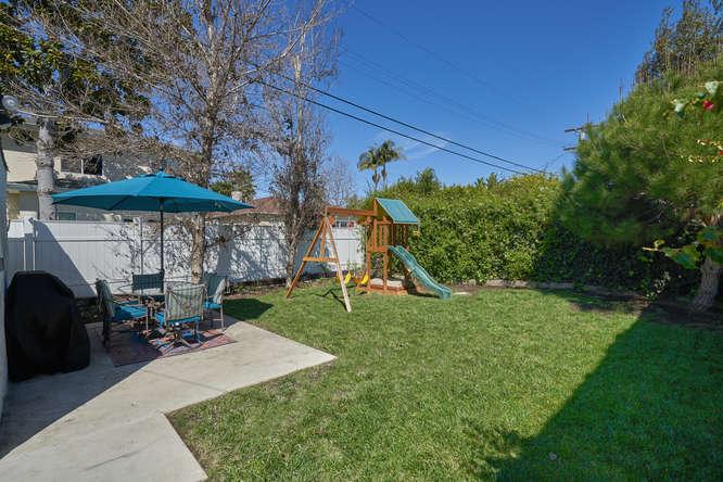 3027 Oakhurst Ave Los Angeles-small-031-34-31-666x445-72dpi.jpg