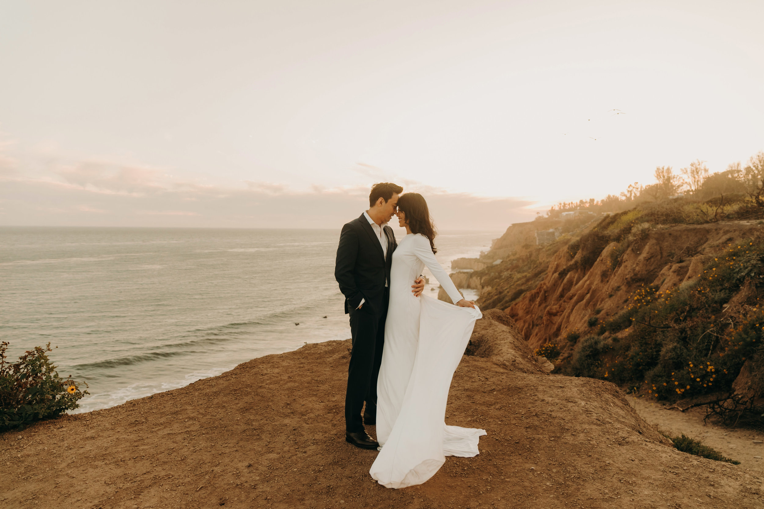 Cliffside Bridal shoot in Malibu, California   Bridals