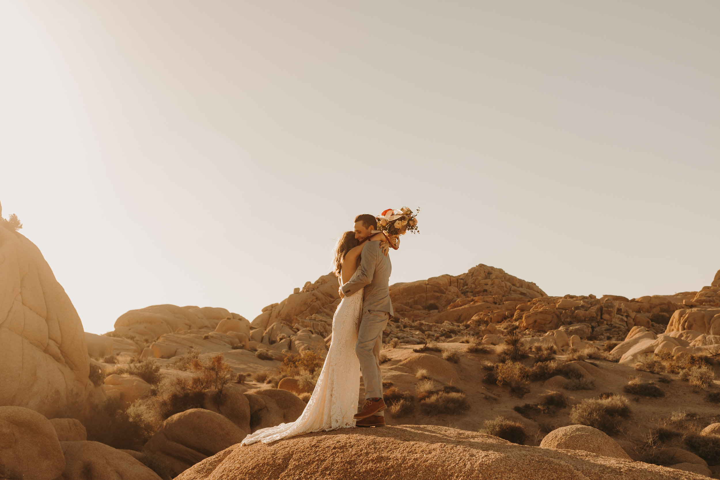 joshua tree elopement photographer -1.jpg