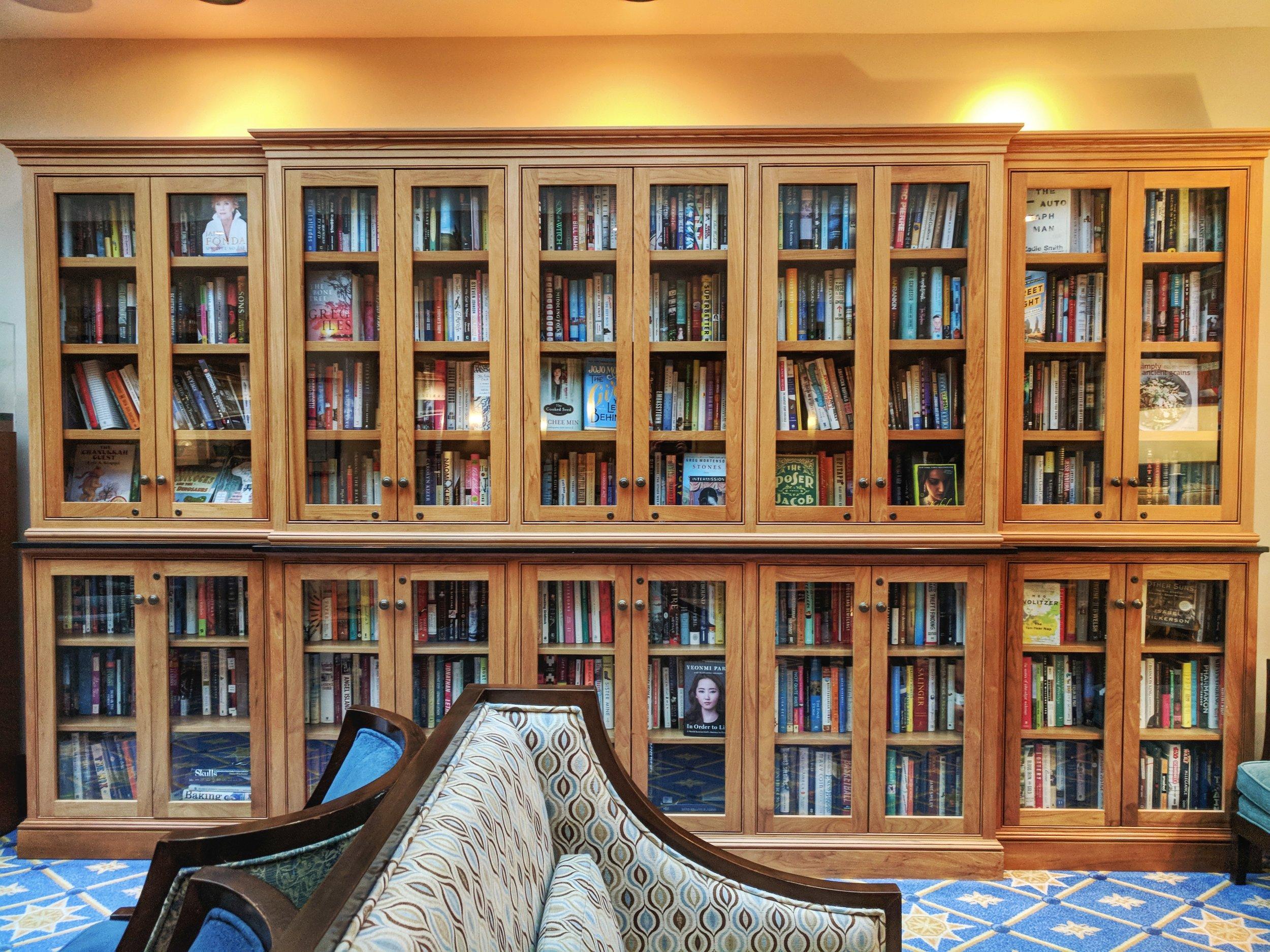Heathman-hotel-library.jpg