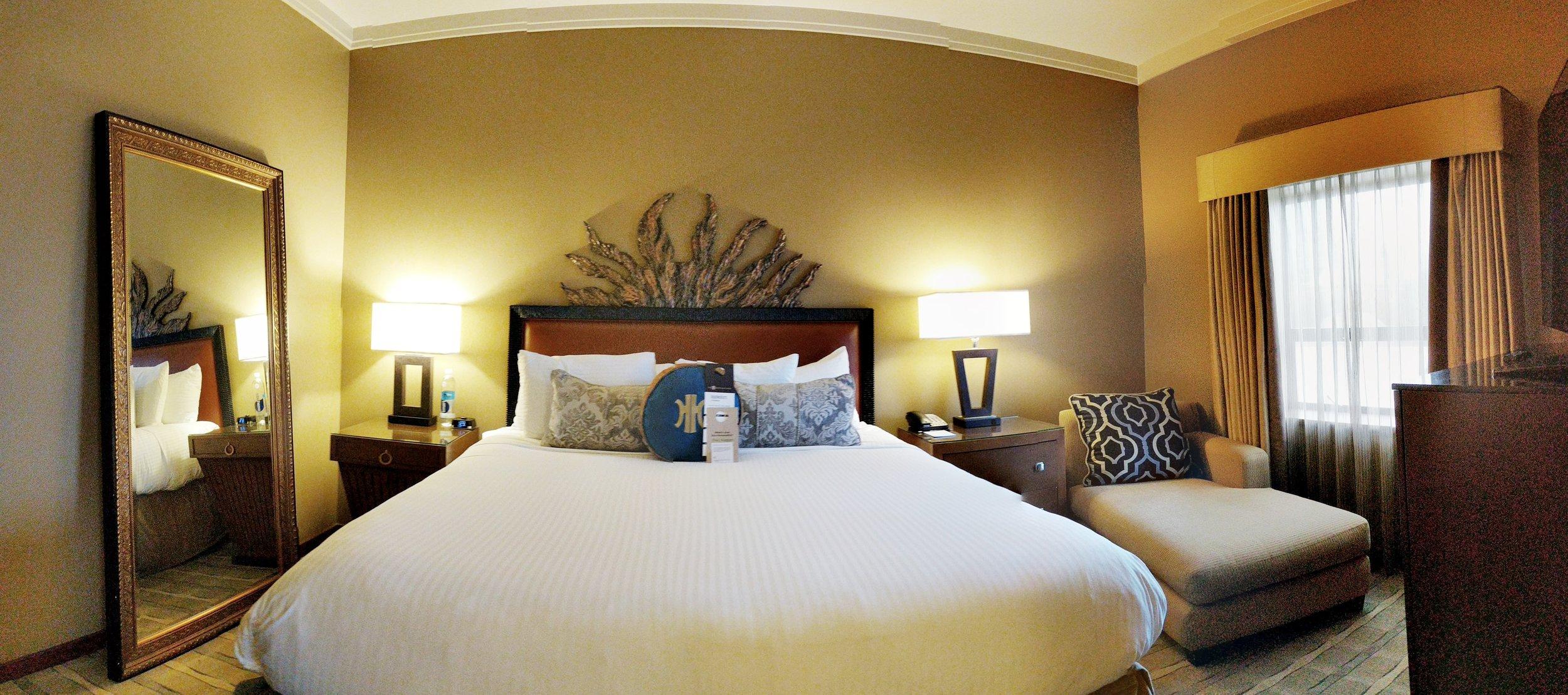 Heathman-hotel-bedroom.jpg