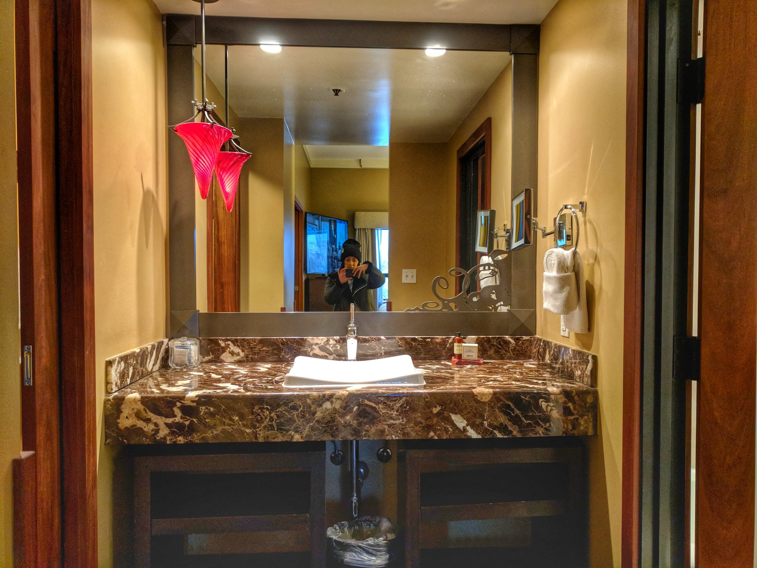 Heathman-suite-bathroom.jpg
