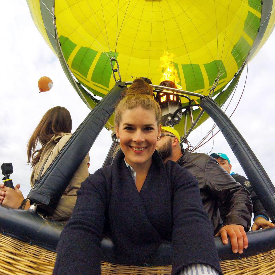 Olivia from '  Liv on a Shoestring '  knows hot air balloon rides make the perfect selfies