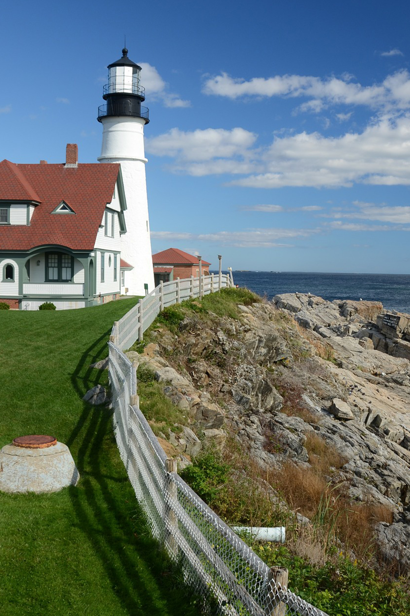 maine-lighthouse.jpg