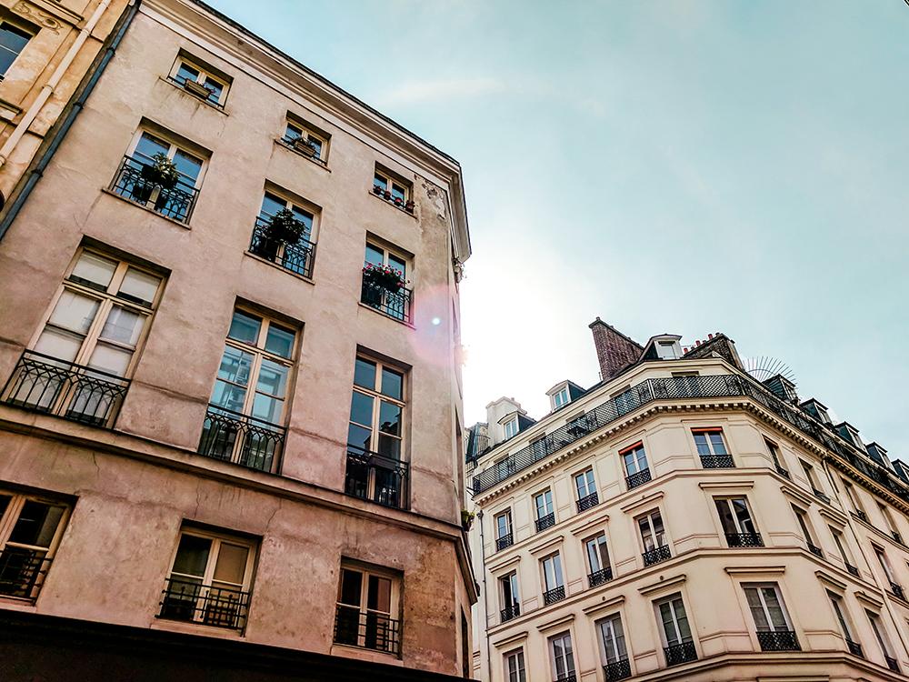paris-buildings-sunbeam.jpg