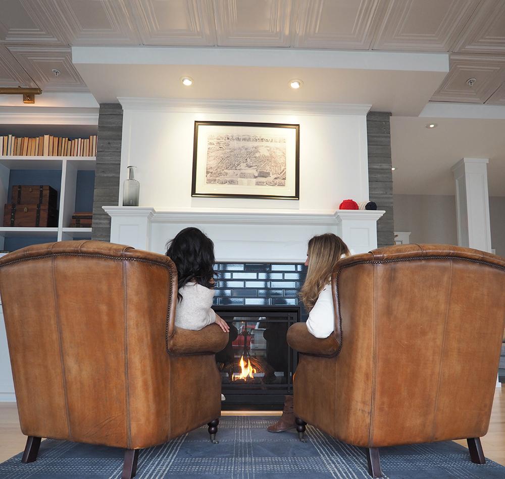The-Whalers-Inn-lobby.jpg