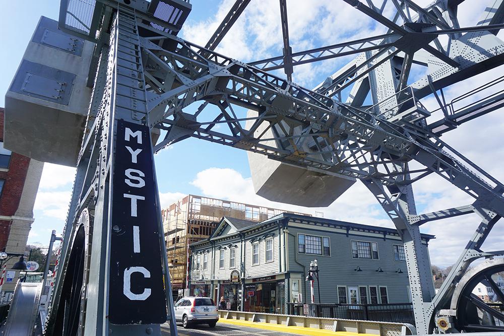 Mystic-Connecticut-drawbridge.jpg